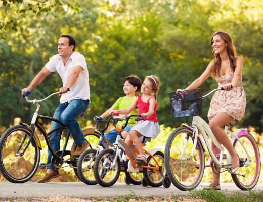 Beneficios de montar en bicicleta en familia